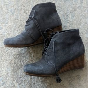 Dr scholl's wedge booties- size 8